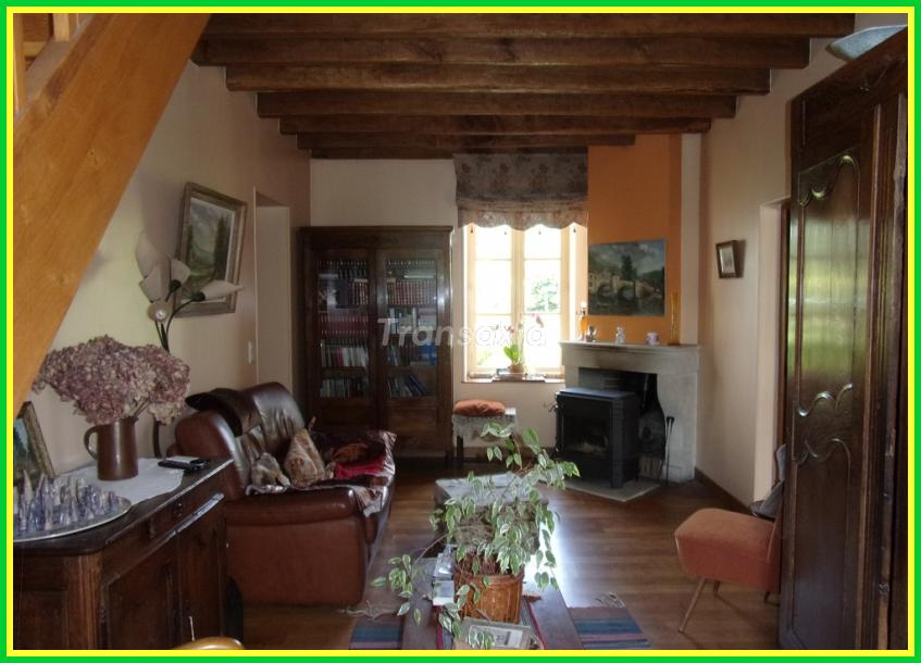 PROPRIETE 4 HECTARES ATTENANTS