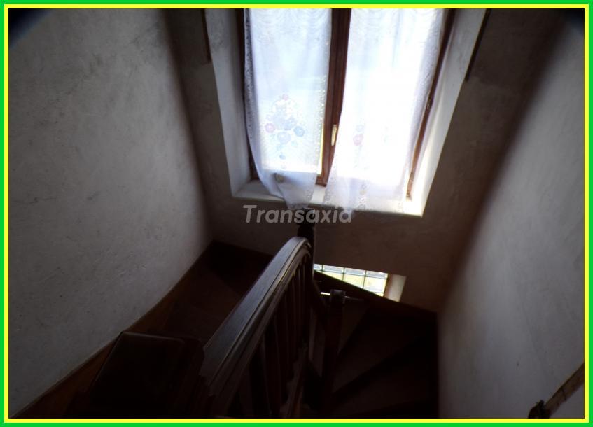 Maison sur sous-sol +te..rrain
