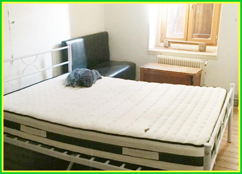 Maison de 100 m²  5  chambres