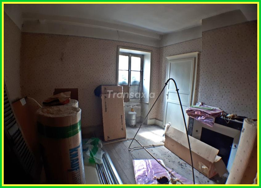 LOCAL COMMERCIAL + APPARTEMENT