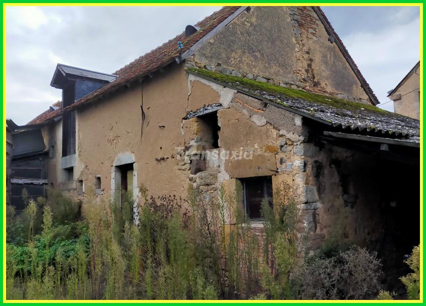 Maison dans hameau