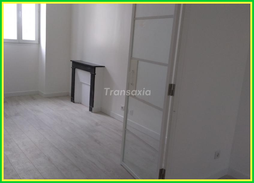 APPARTEMENT  STYLE ANCIEN