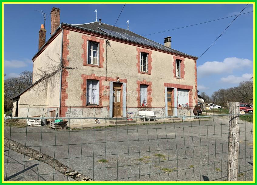 Grande maison à rénover!