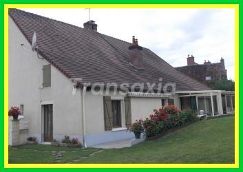 Très belle maison familiale au calme dans joli bourg de Puisaye